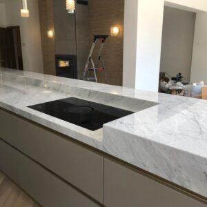 Marmor Küchenplatte Bianco Carrara
